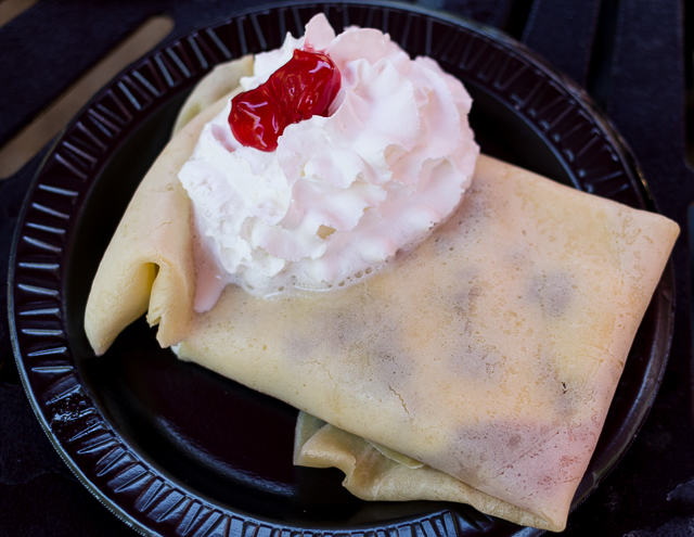 Busch Gardens Williamsburg Food and Wine Festival 2016 Cherries Jubilee Crêpe