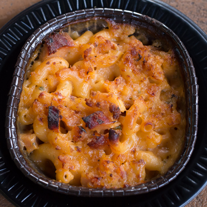 Busch Gardens Williamsburg Food and Wine Festival 2017 Mac & Cheese with Peameal Bacon